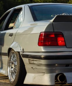 bmw e36 jap style ducktail rear spoiler wing for coupe and sedan ( drift stance track )